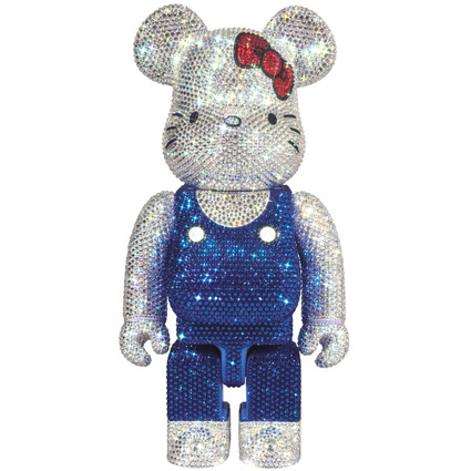 CRYSTAL DECORATE HELLO KITTY BE@RBRICK 400%《Planned to be shipped in late March 2020》