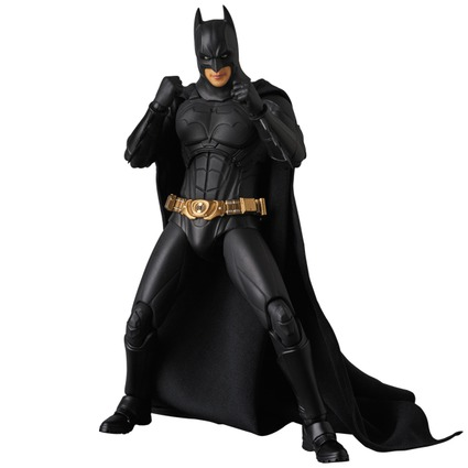 MAFEX BATMAN(TM) BEGINS SUIT《2017年11月発売予定》