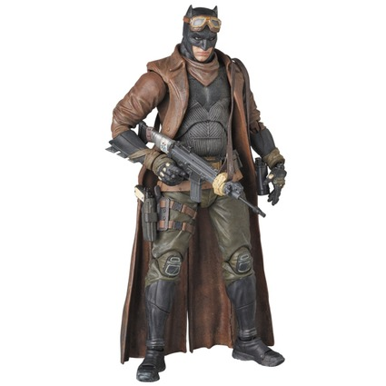 MAFEX KNIGHTMARE BATMAN