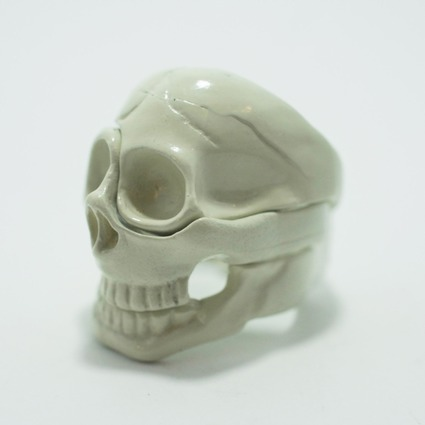 skull parts ring / White // Aquvii