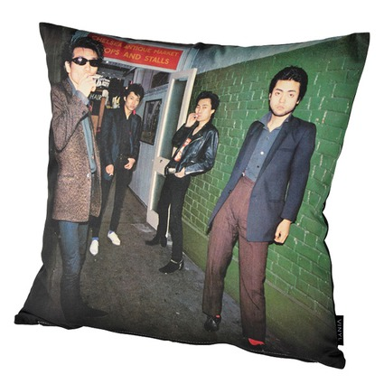 "VINYL ""THE MODS"" CUSHION FIGHT OR FLIGHT《2017年12月発売予定》"